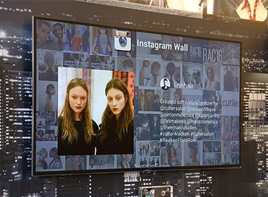 digital signage instagram, instagram wall