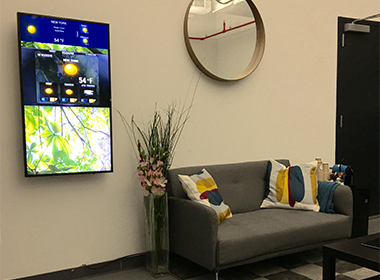 waiting room digital signage