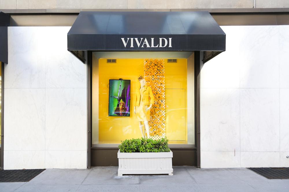 digital signage nyc, vivaldi boutique