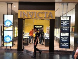 Digital Signage Invicta x CrownTV